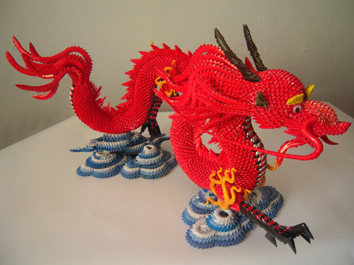 3d_origami_dragon_with_stand_by_cpcentral-d3csfl9